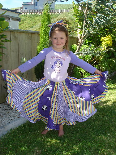 ugly-fabric-swap-holding-skirt1