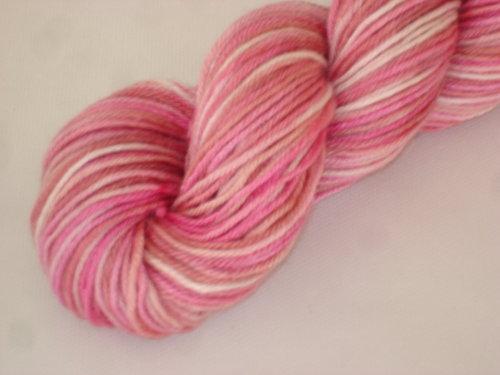dyeing-pink-mia