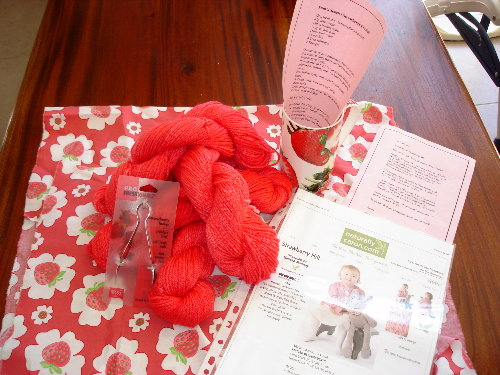 yarn-swap-v3-strawberries-entire
